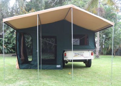 Off road camper trailer set up